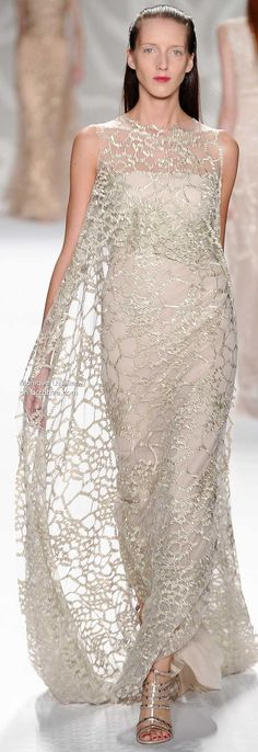 """Monique Lhuillier Spring 2014 » #NYFW  ❁❁❁Thanks, Pinterest Pinners, for stopping by, viewing, re-pinning, & following my boards.  Have a beautiful day! ❁❁❁ **<>**✮✮""""Feel free to share on Pinterest""""✮✮"""" #fashion  #gifts www.fashionupdates.net"""