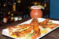 Camarones Sarandeados: Giant prawns with a delicious home made spicy sauce.