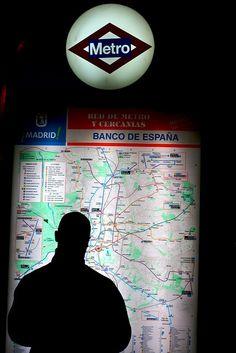 madrid metro map Madrid Metro, In Loco, Metro Map, Rapid Transit, Spanish Art, U Bahn, First Novel, Spring 2016, Book 1