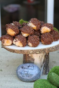Cute little hedgehog bits- perfect for a woodland party!