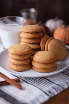 Is it Pumpkin-Spice-O'Clock yet? These Pumpkin Spice Cookies are a deliciously cozy treat for the fall weather. Now, let's get past second-summer so we can enjoy these with a big glass of oat milk. Yeah. There're good. Remember when I made Homemade Pumpkin Spice last week? While I await your Pumpkin Spice Treat suggestions, I'm … Pumpkin Spice Cookies, Pumpkin Spice Syrup, Cookie Crisp, Thing 1, Chocolate Chunk Cookies, Oats Recipes, How To Make Cookies, No Bake Cookies, Kitchen Recipes