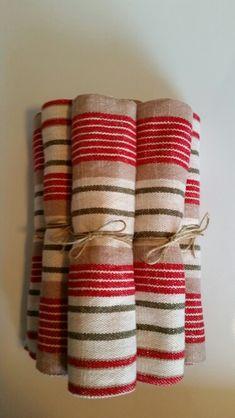 Linges à vaisselle Weaving Designs, Weaving Projects, Weaving Patterns, Quilt Patterns, Loom Weaving, Hand Weaving, Weaving Textiles, Linens And Lace, Tear