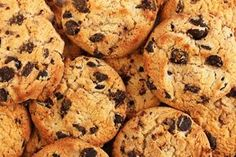 One Thing You're Not Doing That You Should for Perfect Chocolate Chip Cookies « Food Hacks Daily Gluten Free Chocolate Chip Cookies, Perfect Chocolate Chip Cookies, Chocolate Chips, Chocolate Recipes, Thermomix Desserts, Gluten Free Desserts, Dairy Free Recipes, Vegan Recipes, Vegan Food