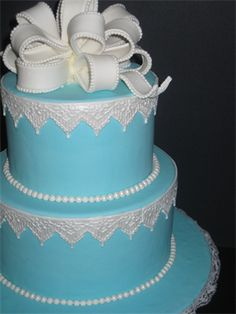 B&B Specialty Cakes will definitely be making my wedding cake...one day! beautiful ERM... I MEAN... YOUR Wedding!