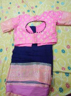 Ideas Dress Pattern Sleeves Simple For 2019 Kids Blouse Designs, Sari Blouse Designs, Designer Blouse Patterns, Bridal Blouse Designs, Kurta Designs, Stylish Blouse Design, Blouse Models, Georgette Sarees, Banaras Sarees