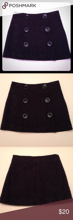 NEW✨Express mini skirt Express mini skirt  Size: 0  Color: black   New✨without tags  Adorable wool mini skirt by Express. Six large buttons located on the front of skirt. New without tags, never been worn⭐️ Express Skirts