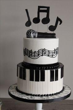 #music cake Birthday Cakes For Men, Music Birthday Cakes, Nutella Birthday Cake, Music Themed Cakes, Music Cakes, Themed Birthday Cakes, Bolo Musical, Music Note Cake, Cake For Boyfriend
