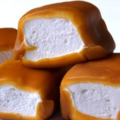 Favorite Dessert Recipes Made with Nuts - This list may be from but your mom will love these caramel covered marshmallows just as much this year! Find them at Occasions! Candy Recipes, Sweet Recipes, Dessert Recipes, Yummy Treats, Sweet Treats, Yummy Food, Homemade Candies, How Sweet Eats, Toffee