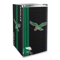 Philadelphia Eagles Licensed Counter Height Refrigerator Would be perfect for an eagles bar/chick-cave!