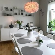 30 Super Ideas For Makeup Table Scandinavian Dining Table Chairs, Dining Furniture, Dining Area, Dining Rooms, Scandinavian Furniture, Scandinavian Design, Dinner Places, Soft Furnishings, Home Accessories