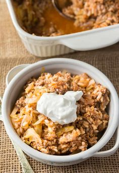 Cabbage Roll Casserole - Enjoy the simple flavours of cabbage rolls without all the fuss! Cabbage Roll Casserole, Cabbage Roll Soup, Vegetable Casserole, Cabbage Rolls, Beef Casserole, Casserole Dishes, Casserole Recipes, Meatloaf Sandwich, Orange Chicken Crock Pot