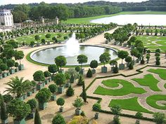 Beautifully manicured, Versailles gardens