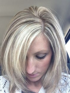 lowlights for blonde hair | Blonde highlights with brown lowlights | Hair, nails, makeup