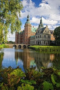 Frederiksborg Castle, Hillerød, Denmark My beautiful town.