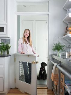 Wooden Dog House Interior pet door DIYed from traditional door - love this idea!Wooden Dog House Interior pet door DIYed from traditional door - love this idea! Half Doors, Double Doors, Interior Design Minimalist, Minimalist Layout, Contemporary Interior, Diy Casa, Animal Room, Traditional Doors, Dog Rooms