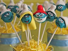 Awesome cake pops for a smurf birthday party! http://www.ivillage.com/smurf-birthday-party-theme-and-ideas/6-a-542194