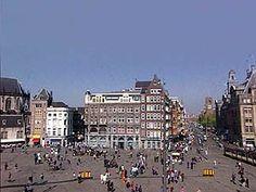 De Dam is een groot en beroemd plein in Amsterdam. Maar waarom heet dat plein 'De Dam' en hoe is Amsterdam eigenlijk ontstaan?