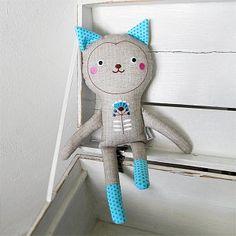 Pomněnka Cat Doll, Sewing Toys, Plushies, Cushions, Dolls, Christmas Ornaments, Holiday Decor, Children, Cats