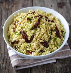 Recipe for millet pilaf with sun-dried tomatoes