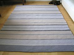 Rectangle stripy rug (crochet) | petelkowo.pl