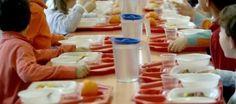 """""""Diamo da mangiare ai bambini se vogliamo evitare che lascino la scuola"""""""