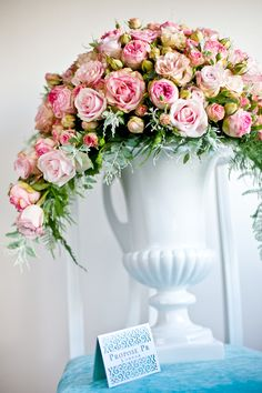 stunning pink urn floral arrangement--I love the urn for a vase! Love Flowers, Beautiful Flowers, Floral Wedding, Wedding Flowers, Wedding Pews, Altar, Flower Invitation, Centerpiece Decorations, Pink Roses