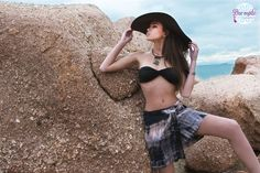 Jupe Sara・Salt in the air Sand in my hair lookbook My Hair, Salt, Crop Tops, Women, Fashion, Moda, Women's, La Mode, Fasion