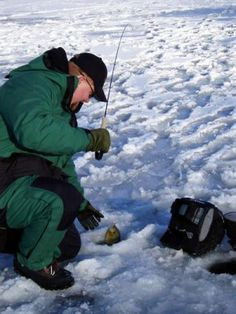 Ice Fishing Tips - Plop and Hover when Ice Fishing to Catch More Gills | Outdoor Channel