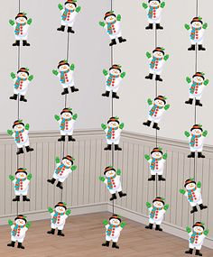 Tiras muñeco nieve, unos decorados idóneos para una fiesta de invierno o una fiesta muñeco de nieve, de www.fiestafacil.com / Snowman garlands, ideal for a winter or a snowman party, from www.fiestafacil.com