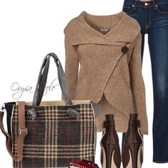 Autumn Fashion @TheDenimLibrary Fashion+Shoes+LifeStyle Get a t-shirt in autumn color. Different heels