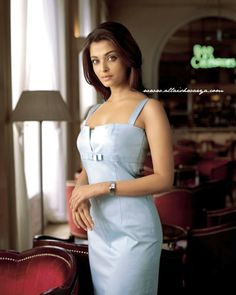 Gorgeous Indian Girl Aishwarya Rai Exclusive Pictures In Different Kind Of Dresses Like Designer Outfits, Skin Fit, Long Skirt, Saree Etc. Latest New Dresses Of Aishwarya Bachchan Free. Bollywood Stars, Bollywood Images, Bollywood Actress Hot Photos, Aishwarya Rai Photo, Actress Aishwarya Rai, Aishwarya Rai Bachchan, Aishwarya Rai Wallpaper, Indian Girls, Ulzzang Girl