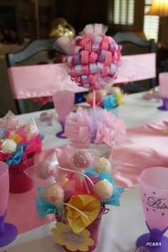 princess party...love this. Can imagine how cute it would look on either side o her cake