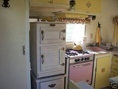 Streamline trailer with pink appliances!!!!
