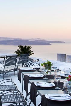 This poolside restaurant serves a lovely buffet breakfast. San Antonio (Santorini, Greece) - Jetsetter
