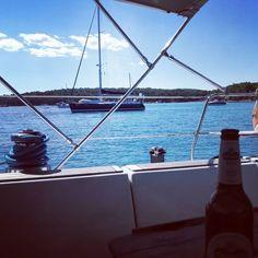 a day in the bay   #cantoria #sycantoria #davidlenherr #digitalnomad #workfromanywhere #vrboska #sailinglife #sailing