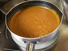 昨日のカレー食べてる途中で、思いついて今日作ってみた。 かぼちゃのクリームカレー。 いつものと全然違う、甘旨なカレー。