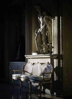 Inside Palazzo Sacchetti's Royal Interiors, Roma. #antique #italian #interior www.classicantiquessydney.com.au