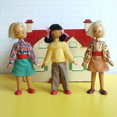 Vintage Wooden Peg Doll £14.50