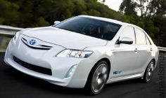 white toyota camry 2015 specifications