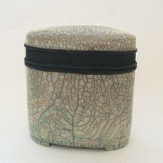 Keramik Dose – Raku weiß – türkis