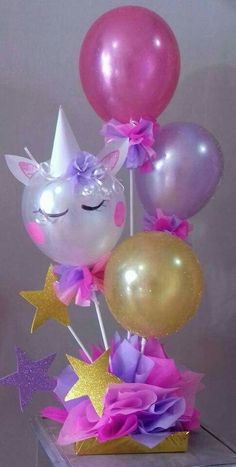 Centerpieces with balloons for your unicorn party, see the options that you . Unicorn Themed Birthday Party, Unicorn Birthday Parties, Birthday Party Decorations, Diy Birthday, Unicorn Party Decor, Birthday Ideas, Birthday Balloons, Handmade Christmas Crafts, Handmade Ornaments