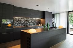 One wall kitchen layout modern black cabinets gorgeous one wall kitchen designs layout ideas kitchen one wall kitchen designs with island One Wall Kitchen, Home Decor Kitchen, New Kitchen, Kitchen Ideas, Stylish Kitchen, Kitchen Planning, Kitchen Time, Kitchen Inspiration, Outdoor Kitchen Design