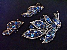 VINTAGE LISNER SIGNED BLUE AURORA BOREALIS RHINESTONE BROOCH & EARRINGS