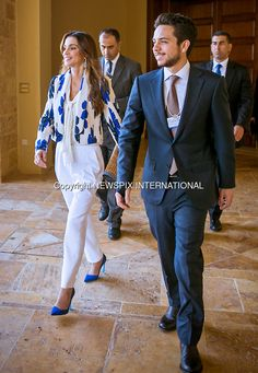 22.05.2015; Dead Sea, Jordan: QUEEN RANIA AND SON