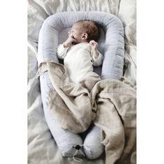 Szürkés bézs felhős babafészek, Farg&Form
