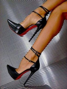 Christian Louboutin shoes spring 2016 Fashion high heels, fashion girls shoes and men shoes Dream Shoes, Me Too Shoes, Hot Shoes, Shoes Heels, Shoes Sneakers, Nude Shoes, Converse Shoes, Stilettos, Girls Shoes