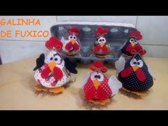 Fuxico Chicken Angola in Fabric - Fuxico Chicken in Fabric - Sewing Machine Projects, Sewing Projects For Beginners, Projects To Try, Tutorial Patchwork, Diy And Crafts, Crafts For Kids, Chicken Pattern, Crochet Chicken, Chicken Crafts