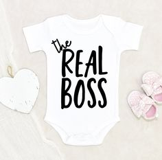 Baby Girl Onsies, Baby Shirts, Baby Boy, Newborn Onesies, Baby Onesie, Diy Baby Gifts, Cute Baby Pictures, Baby Design, Boy Outfits