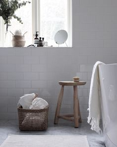If you have a small bathroom in your home, don't be confuse to change to make it look larger. Not only small bathroom, but also the largest bathrooms have their problems and design flaws. Barn Bathroom, Laundry In Bathroom, White Bathroom, Bathroom Interior, Bathroom Ideas, Small Bathroom Renovations, Home Remodeling, Living Tv, Living Room