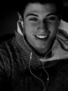Boys with lip piercings are very attractive. Tumblr Boy